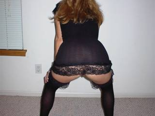 Another pose in black heels and hose .... you like what you see? :)