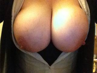 She sent pics like this all the time when we were playmates. Charlene