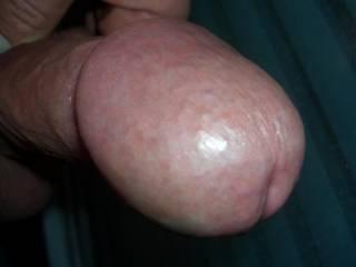 mmmmmmmm i'd love to have your big hot cock-head in my throat mmmmmmm