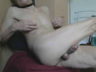 Horny cum slut waiting to be fucked hell out !
