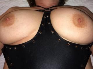Miss Seeker Shows of Her Big Ole Titties!