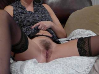 I like it hairy, when i get horney, i get wet. shaved my clit