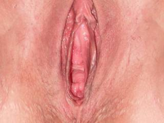 A close shot of my babes beautiful cunt & clit. She loves to have her clit stroked as you fuck her.