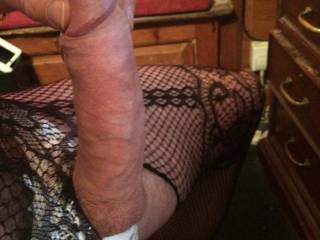 bet it would be an awesome time popping your thick sausage in my mouth !! it would be a fucking treat to slow suck your smooth cock!!bravo!!