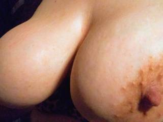 White female friend flashing titties for fun to share with others. Not shy at all come join along to n the big bouncing titties fun!