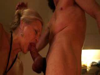 Wow.... What a great cock sucker.... Just one question. How do you keep from blasting off the back of her head?