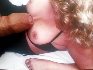 Here you can see how some fans of sandrabunny make cum tribute on her pics. They squirt their sperm all over her pictures.