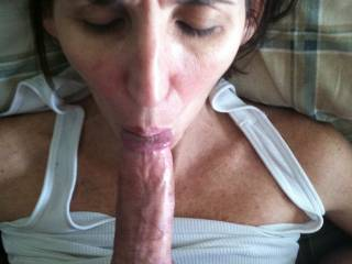 love to feel that mouth around my cock...lets get that happening?
