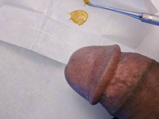 A little dab before getting my dick sucked.   Any So-Cal women into wax?   If so, let's have a stoney sexual time ;-)