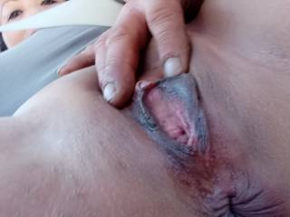 I\'m so horny I need my man to playing with my pussy while going down the road