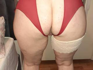 My mrs getting ready for some ass fucking and licking!!!!