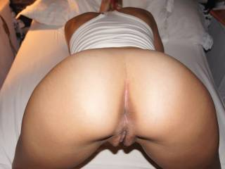 I love your photos, six wonderful one, a lot sexy, your sublime body thanks for the pleasure that mine you have given,  You have a lovely body, with yous breasts and pussy looking so touchable! Give me more, please! I hope to see to you thanks thanks still luciano