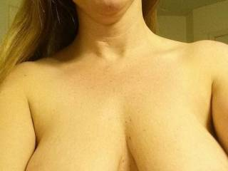 Great tits & smile! I'd love to suck and nibble on those nipples until they're long and hard.....