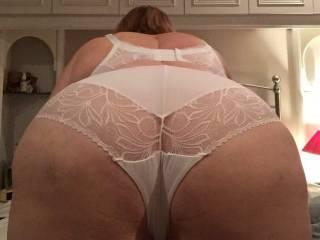 BBW Dovegush shows off her new lingerie