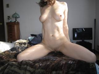 Wow what a fantastically sexy body! I'd love to lick her from head to toe and suck on that pretty pussy until your wetness soaks my face!