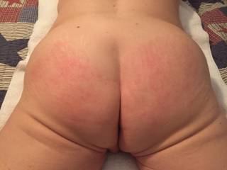 The results after my spanking...nice and red!!!