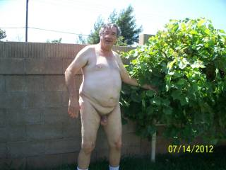 this old man really turns me on, i want to swallow his load