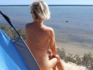 she shows herself to all the horny old peepers on the beach