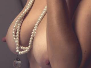 Wanted to take a pic with a pearl necklace to see how many people commented that they wanted to give me one as well.