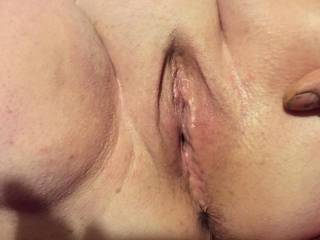 who doesn't love to make a pussy drip love shaving it too
