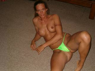 Damn what a body, I love the green thong next to your dark skin, and also how it fits snug inside your pussy.