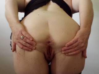 Excellent holes for the taking. I love her asshole to insert my hard cock, pound and stretch her really wide and lovely.