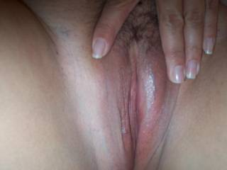 mmmmm great pussy very sweet looks very tight  and soooo lickable   love to stretch it with my big cock    ;)