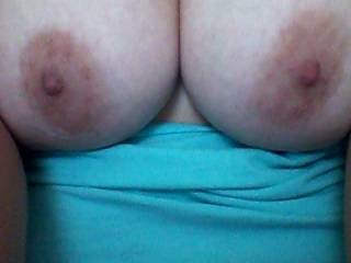 and a fantastic pair of tits they are too :p