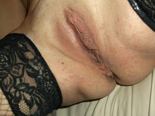 really like showing off my nice clit hope you all enjoy looking please let me know