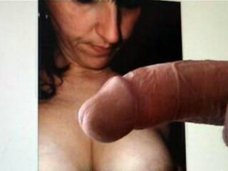 I will like to ejaculate on her breast