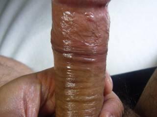 Mmmm, thats a nice oiled up cockhead.  I like sucking nice cockheads.  K