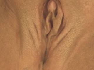 I love it when my pussy is all nice and so smooth after a nice long shower...I cant stop running my hand up and down and all around cuz it\'s so smooth!  Who wants to feel it? Then kiss and run your tongue up n down between my wet pussy lips?