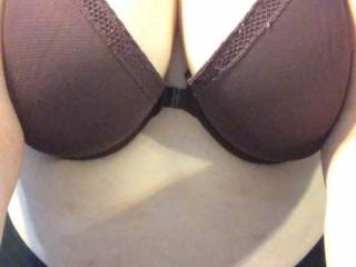Loving this bra! Anyone want to see what's hiding behind it?