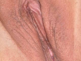 I'd love to plant a big kiss on your hot sexy pussy and then lick you for hours!!!