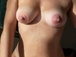 Beautifull pumped nipples after fuck