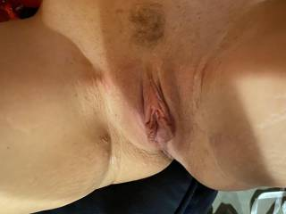 Plump pussy right after pulling the pump off.