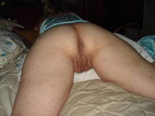 i would love to bury my face all in that pussy.what a nice ass you have love to lick it till you begg me to fuck you .