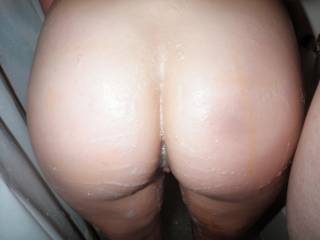 butt you have one sexy butt thats just begging for some attention, want me to give it all the attention it can handle?