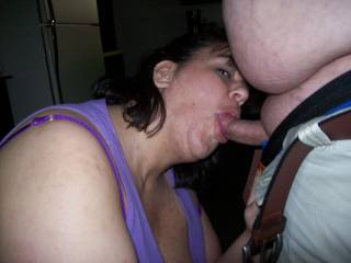 """Naughty V in action, all her fans loved her """"posing"""" pics, now a little cocksucking!"""