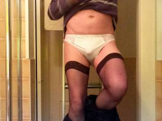 Having a few jobs to do doesn\'t stop me wearing panties