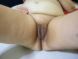 Very nice mature pussy ...