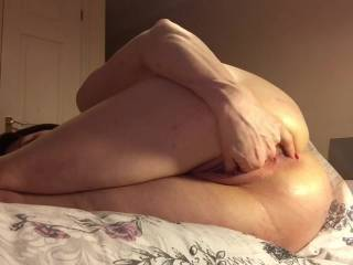 Throwback Saturday part 1 - a little archive footage of Mabel as she plays with herself. Tweaking her nipples and fingering herself ready for part 2 with an inflatable butt plug and fat dildo in her pussy. Do you want to see part 2?