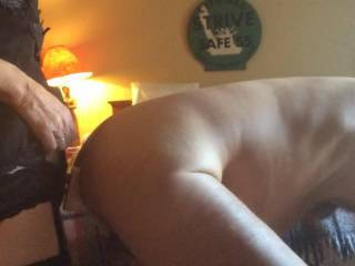 excellent ass pounding, seems to enjoy it a lot... keep them coming