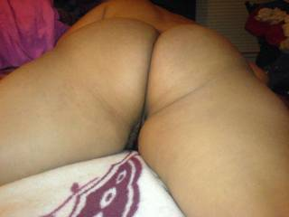 Makes you wanna spread her tight ass cheeks and slide right in, right?