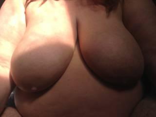 Love the morning sun on my big boobs