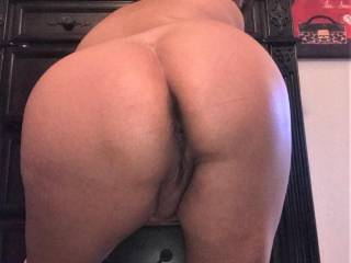 Just more pics of Melissa and her hot, big ass.....enjoy!