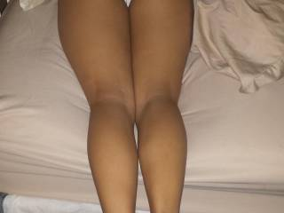 Wow, what an amazing offer, I would absolutely love to tribute that fine butt and sexy feet!