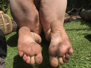 For all you dirty foot lovers