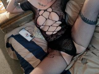 Her saying by her spread legs either get ur mouth on my pussy or take this off n fuck me already