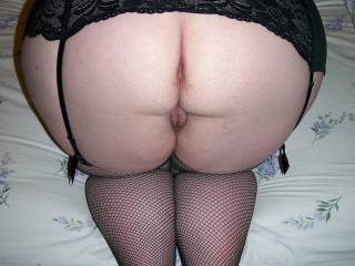 Wife\'s big peach of an ass and pussy!